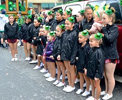 bands, floats, Irish, parade, Saint Patrick's Day, San Francisco (David McSpadden) Tags: sanfrancisco irish parade bands floats saintpatricksday younggirls batontwirlers