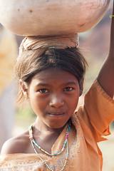 Tribal girl (wietsej) Tags: india girl zeiss sony tribal 135 18 a700 chhattisgarh bastar sal135f18z