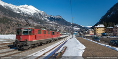 SBB Re 4/4 II 11195 and 11156 (peter bertschi) Tags: winter schweiz ticino eisenbahn ch re44 re44ii 11156 11195 interregio ambripiotta loktypenschweiz bahnanlagenschweiz 600luzernzürichchiasso bhfambripiotta
