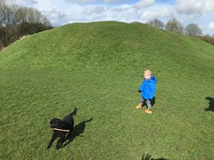 Fintan and Lucy at Roman Amphitheatre, Easter Sunday in Cirencester - March 2016 (Pub Car Park Ninja) Tags: uk england easter march cotswolds gloucestershire bullring cirencester romanamphitheatre 2016 fintan