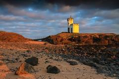 Elie Ness Lighthouse, Fife (Daniel Giza) Tags: sunset lighthouse canon landscape scotland fife outdoor tamron ness elie 50d