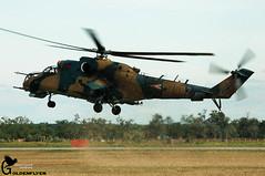 Kecskemt 17-8-2008 Mil Mi-24D+ 582  86.HB (Goldenflyer) Tags: grass hungary landing airshow runway hind mil kecskemt goud szolnok 582 corne kecskemet mi24 huaf mi24d goldenflyer 1782008 86hb