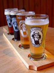Pub Pit Caribou (Mariko Ishikawa) Tags: canada beer pub quebec brewery perce quebecmaritime