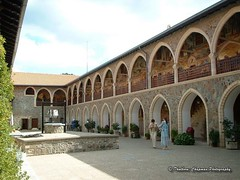 #Cyprus: Kykkos Monastery, October 2004 (@CyprusPictures) Tags: architecture religion culture churches cyprus monastery kykkos googleimages troodosmountains cypruspictures photosofcyprus cyprusheritagesites