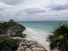 "Les ruines mayas de Tulum <a style=""margin-left:10px; font-size:0.8em;"" href=""http://www.flickr.com/photos/127723101@N04/26027794926/"" target=""_blank"">@flickr</a>"