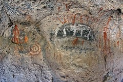 Pictographs / Greenwater Canyon (Ron Wolf) Tags: california archaeology circle nationalpark nativeamerican stickfigure anthropology shoshone concentriccircles parallellines pictograph polychrome deathvalleynationalpark rockshelter anthropomorph piute anthromorph numic greenwatercanyon