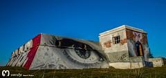 eyes.. (ma_rohe) Tags: streetart eye sunshine skyline photography graffiti nikon horizon urbanart fotografia grafitty beautifulsky sunscape nikond3200 beautifulsunset nikonistas skyporn grafittyart leonesp