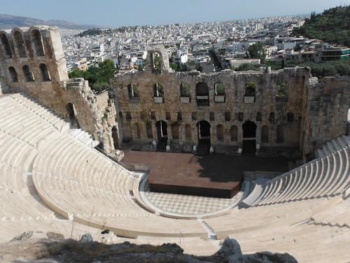 "Odeón de Herodes Ático, Atenas <a style=""margin-left:10px; font-size:0.8em;"" href=""http://www.flickr.com/photos/141744890@N04/26327621265/"" target=""_blank"">@flickr</a>"