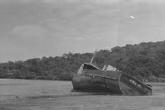 (vtor/covelo) Tags: africa white black beach island boat kodak 100 sao tome principe 2015