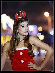 nEO_IMG_DP1U9270 (c0466art) Tags: christmas red portrait portugal lamp girl beautiful night canon pose photo model colorful action gorgeous professional marta charming elegant decroration 1dx c0466art