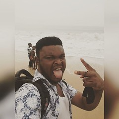 Sometimes you just have to throw all your seriousness away and FLEX!!!  #FunnyFace #TongueOut #Beach #Sea #Water #Salty #Fun #Saturday #Weekend #Breeze #Selfie #Photogrid #Instagram (JKayZee) Tags: square squareformat reyes iphoneography instagramapp uploaded:by=instagram