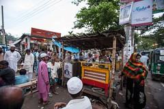 5D8_7198 (bandashing) Tags: street england people woman men look manchester market outdoor stall pan cart sylhet bangladesh socialdocumentary aoa supari bandashing noyabazar akhtarowaisahmed