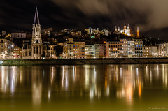 Eglise Saint Georges (GuillaumeMore Photographie) Tags: france architecture night lyon rhne styles pays lieux rhnealpes basiliquedenotredamedefourvire elments eglisesaintgeorges sigma1770mmf284 d7000 objectifsbotier