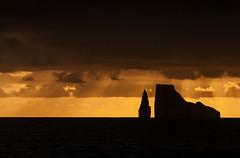 Len Dormido, Galpagos (sebastian crespo) Tags: ocean paisajes landscape volcano lava islands landscapes mar ecuador paisaje galapagos islas pacifico volcn galpagos