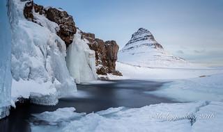 9.30am Frozen Kirkjufellsfoss