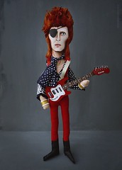 BOWIE - Version Rebe Rebel (MEDIODESCOCIDO) Tags: bowie