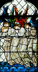 GOSFORTH, Sacred Heart (RC). (tin giraffe) Tags: angels burnejones gosforth gosforthsacredheart northgosforthsacredheart