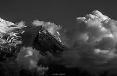 Accalmie sur l'Aiguille du Goter (Frdric Fossard) Tags: nature montagne alpes lumire altitude ombre glacier contraste paysage mto hautesavoie accalmie srac luminosit massifdumontblanc aiguilledugoter