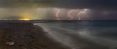 Tormenta de verano (Jose M. Peral) Tags: espaa luces noche mar agua europa mediterraneo ngc playa arena nubes verano tormenta rayos panormica oropesadelmar mltiple castellndelaplana