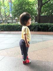 (Le Petit King) Tags: china portrait baby apple mobile asia alice 中国 2015 亚洲 jingandistrict 静安区 westgatemall 梅陇镇广场 曈曈 iphone6 20150721