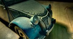 2CV (*Nils aus Kiel*) Tags: colors car power 2cv oldtimer colourful ente hdr