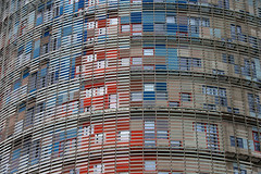 2016 04 - BARCELONA (M.Mercedes 2013) Tags: azul rojo torreagbar