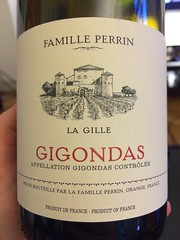 IMG_9077 (bepunkt) Tags: wine winebottle vino wein winelabel weinflaschen etiketten weinetiketten