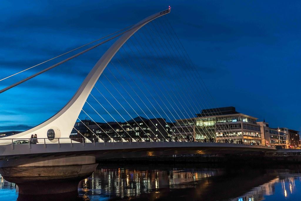 DUBLIN DOCKLANDS AT NIGHT [JANUARY 2016]-110824