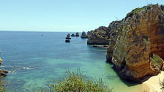 Lagos (Algarve) (daniel EGV) Tags: ocean sea mer beach portugal water seaside sable cliffs lagos atlantic algarve plage sans falaises altantique