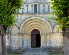 Biron - Saint-Eutrope / Notre-Dame (Martin M. Miles) Tags: france 17 biron saintonge charentemaritime poitoucharentes sainteutrope sainteutropiusofsaintes
