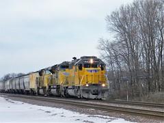 Elephant EMDs (sam_gade6366) Tags: railroad illinois pacific sub harvard union trains railfan ridgefield emd sd40n