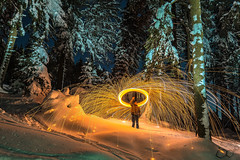 Steelwool in the woods (trx_850) Tags: wood blue snow fire sparks wald steelwool lzb lte stahlwolle