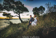 V+W 05 (Bali Based Freelance Photographer and Photo Stocks) Tags: trip vacation bali beach canon couple photographer good great freelance prewedding balinese prewed amed karangasem
