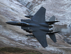 McDonnell Douglas Strike Eagle F-15E LN AF01 2000 015-1 (cwoodend..........Thanks) Tags: wales eagle roundabout explore panthers exit douglas usaf mcdonnell lowlevel mcdonnelldouglas lakenheath f15e strikeeagle f15estrikeeagle machloop lowfly 48fw inexplore raflakenheath lfa7 libertywing 494fs bwlchexit lnaf012000 inexplore050216