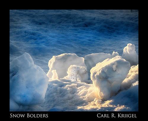 12 Snow Bolders