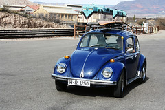 oregon bug (EllenJo) Tags: blue vw vintage bug volkswagen beetle january az surfboard canonrebel 1970 visitor digitalimage traveler roofrack verdevalley 2016 rver clarkdalearizona ellenjo ellenjoroberts winterinarizona atthedepot hr1250 oregonvolkswagen