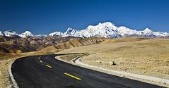 Friendship highway, Himalaya (Matteo Melchior) Tags: china wild montagne landscape landscapes buddha buddhism tibet himalaya paesaggi montagna cina paesaggio