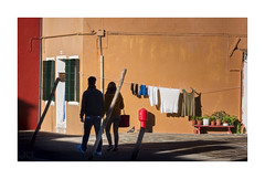 Promenade (icypics) Tags: venice italy colour silhouette couple shadows pigeon streetphotography laundry burano