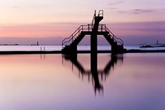 Piscine de Bon Secours  Saint-Malo (Jean-Adrien Morandeau) Tags: winter sunset rose pose de soleil nikon holidays long exposure hiver coucher bretagne soire britanny soir saintmalo longue illeetvilaine