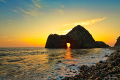 Rock  senganmon (koshichiba) Tags: sunset sea seascape rock japan landscape tide wave     izu topaz   matsuzaki   senganmon