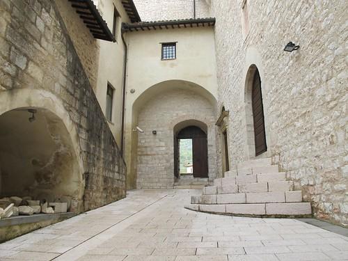 2011 04 23 Umbria - Gualdo Tadino - Rocca Flea_0176