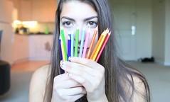 ¿Maquillarse con crayolas? (Tu Nexo De) Tags: moda crayolas rotuladores maquillarse tnxde cerascolores