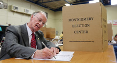 03-01-2016 Governor Casts Ballot in Presidential Primary