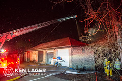 KenLagerPhotography-6671 (Ken Lager) Tags: berg march pittsburgh exterior aerial ladder defensive carrick brownsville pbf 2016 15210 vacany 2ndalarm 160320 bergplace bureaufire