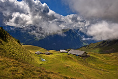 Feld , Alphtten. (Alt. 2160m.)Grindelwald. Bernese Oberland. Switzerland. No. 8559. (Izakigur) Tags: light summer house alps alpes schweiz switzerland flickr suisse feel bern grindelwald alpen svizzera ferme ch berna berneroberland kantonbern nikond700 nikkor2470f28 izakigur cantonofbern