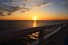 Coucher de soleil (Dorian Duplex) Tags: mer ferry de la soleil marseille coucher pont bateau paysage ajaccio navigation girolata traverse meridionale boue sauvetage