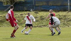 Mark Burbidge has an opportunity to double Bankies lead (Stevie Doogan) Tags: park west scotland thistle scottish first juniors division league holm largs clydebank superleague bankies mcbookiecom
