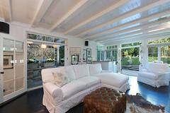 Дом Дженнифер Лоуренс в Беверли-Хиллз