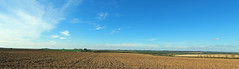 Belmont (Richard Brothwell) Tags: sky panorama landscape belmont sunny panoramic lincolnshire wolds lincolnshirewolds doningtononbain