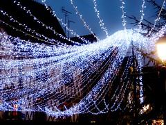Chapiteau de lumire (Leonce Markus) Tags: blue light white night town lumire garland bleu nuit blanc ville guirlande lumires